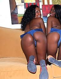 2 hot booty shorts ebony babes get picked up at the beach in this hot bikini double team grouo sex 4some cumshot pic set